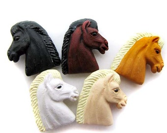 10 Large Mixed Horse Head Beads - LG618