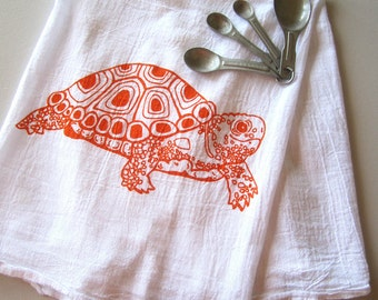 Tea Towel - Screen Printed Flour Sack Towel - Eco Friendly Kitchen Towel - Soft and Absorbent - Turtle - Natural Cotton - Classic Flour Sack