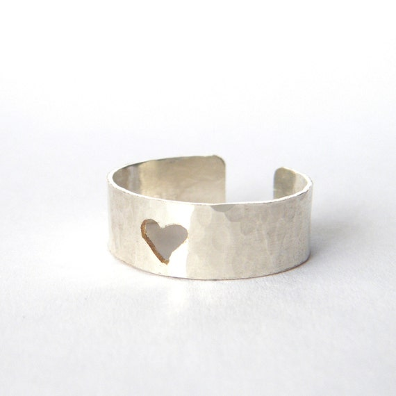 Silver Heart Ring - Adjustable Silver Band, Hammered, Minimalist Jewelry, Thumb Ring, US size 8, UK size Q - 'Sweetheart'