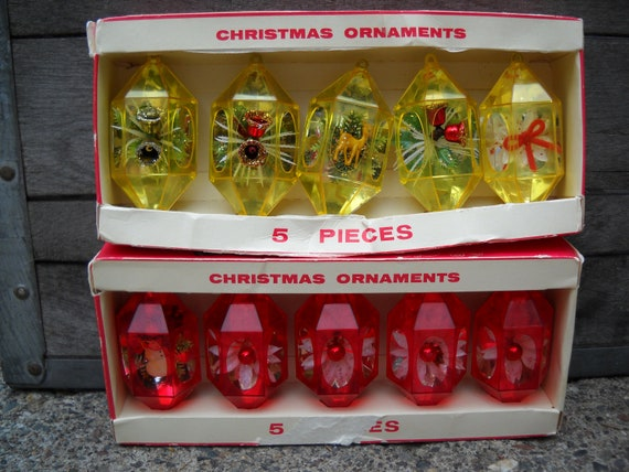 Vintage Jewelbrite Christmas Ornaments Red and Gold Plastic