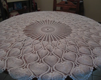 Round Tablecloth Pineapple Design Hand Crochet 62 Inches.