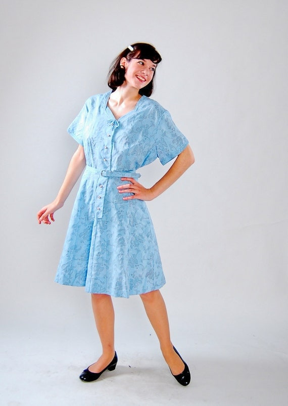 Clearance - sale - Vintage 1950s Dress - 50s Party Dress - Periwinkle Blue with Gray Toile Print - Plus Size