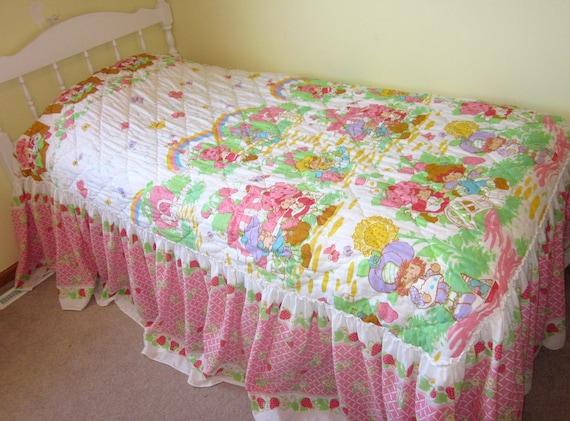 Vintage Strawberry Shortcake Twin Bedspread Comforter