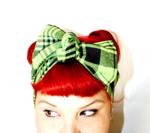 Vintage Inspired Head Scarf, Bow or Bandanna Style, Green and Black Plaid Flannel, Fall Collection, Back to School