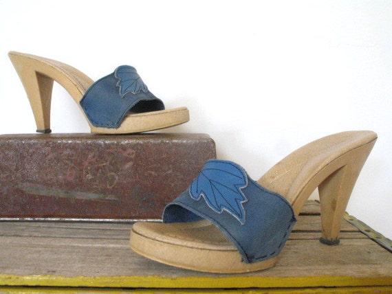vintage 1970s platform heels  / COBALT BLUES