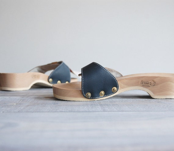 1970s Wood Sandals / Scholls Original Exercise Sandals / Navy Leather with Gold Buckle / Size 6