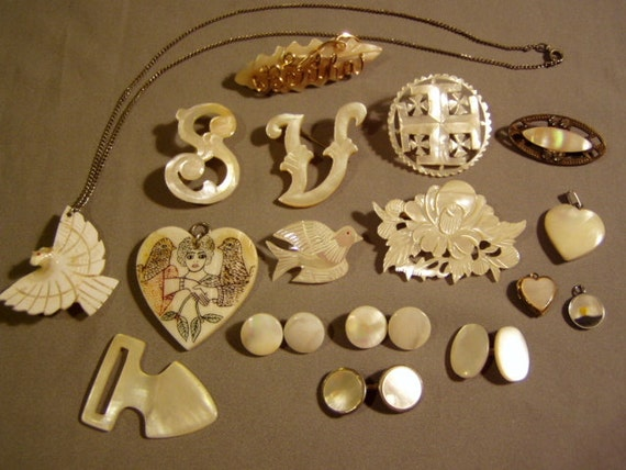 RESERVED FOR VICTORIAANN - Destash Lot Vintage Carved Mother of Pearl 7 Pins Brooches Pendants Cufflinks Locket 3491