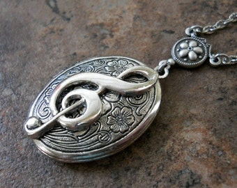 Music Locket, Glee Club Locket, silver music locket, locket, silver locket, treble clef, songstress