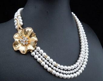Pearl Necklace,Vintage Pearl Bridal Wedding Necklace,Ivory or White Pearls,Gold Bridal Necklace,Vintage Necklace,Pearl,Gold,Brooch,ELAINE