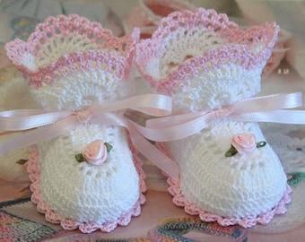Crochet Open Crescent Baby Booties