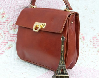 Toffee Pop, French Vintage, 1970s Pourchet Tan Leather Satchel, Handbag from Paris