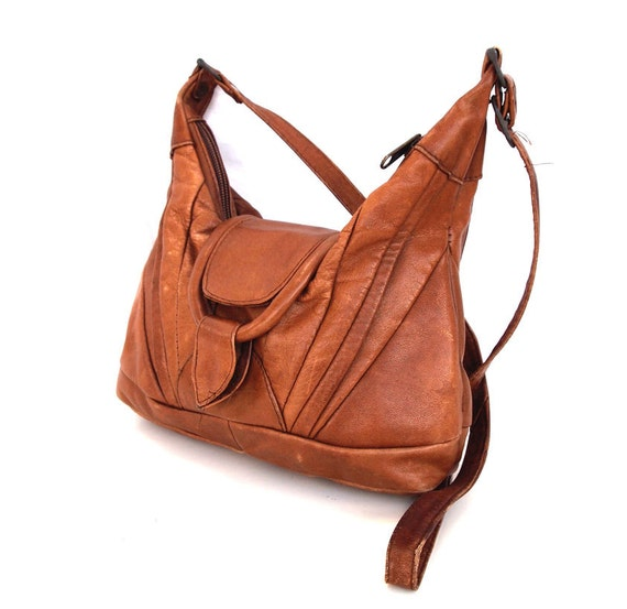 Cleo, French Vintage, Tan Leather 1960s, Zip-Top Slouch, Crossbody Handbag from Paris