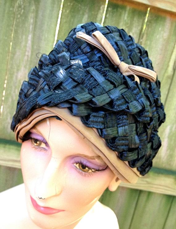 vintage 1960s hat - woven black/tan turban-style hat