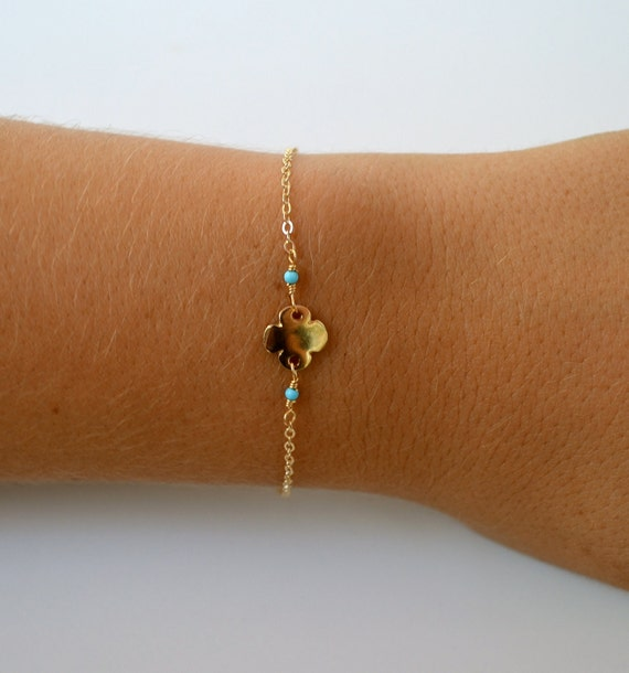 LUCKY CLOVER Gold Turquoise Dainty Wire Wrapped Bracelet