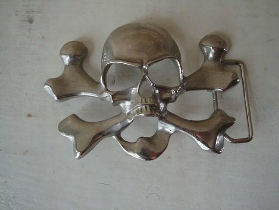 Vintage Belt Buckle Crossbones and Skull Silver