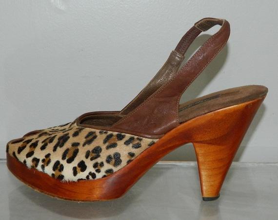 vintage shoes 70s 80s platform shoes wood heel leopard fur 9 chunky soles