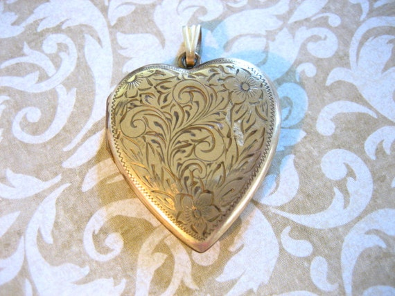 Victorian LARGE Floral Design Gold Filled Heart Locket Pendant