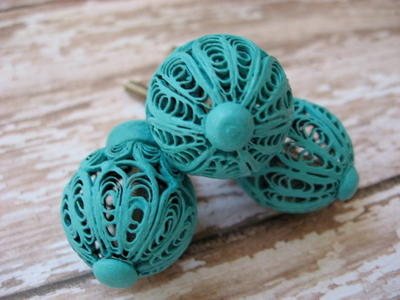 Set of 4 Aqua or Custom Choice of Finish Wire Knobs or Pulls Industrial Cottage Chic for Drawers Cabinets Armoire Rustic Chic