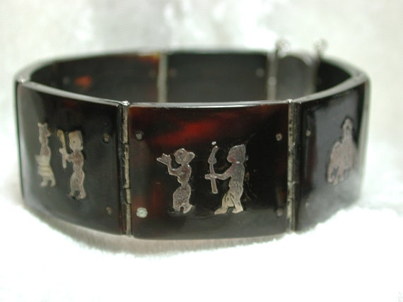 Vintage silver inlaid genuine tortoise shell pre ban bracelet Asian motif NICE E253