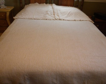 Vintage Ivory Chenille Bedspread Double Bed and Pillow Shams
