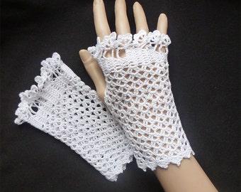 Bridal Fingerless Gloves, Wedding Fingerless Gloves, Mittens, Crochet White Fine Fishnet Lace  Fingerless Mittens, Weddings Bridesmaid Women