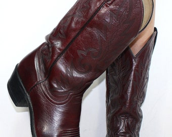 Vintage cowboy low heel mid calf pixie western maroon Leather fashion boots 10 D mens 11.5 womens