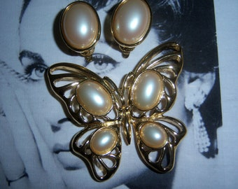 Signed Trifari Butterfly Brooch and Earrings Demi Parure