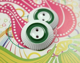 Metal Buttons - Green Circle White Side Gear Metal Buttons , 2 Holes , 1 inch , 10 pcs