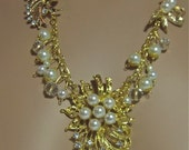 Handcrafted Pearl and Clear Rhinestone Necklace Set (N431)
