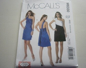 Pattern Ladies Dress 2 Styles Sizes 4 to 12 Out Of Print McCalls 6330