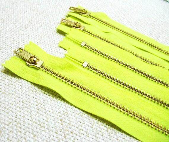 14inch - Neon Yellow Metal Zipper - Gold Teeth