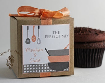 Cooking Couple...One Dozen Personalized Cupcake Mix Bridal Shower or Engagement Party Favors