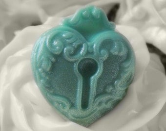 Lock Heart Mold Key Hole Pendant Mold Resin Clay Soap Wax Fondant Mould