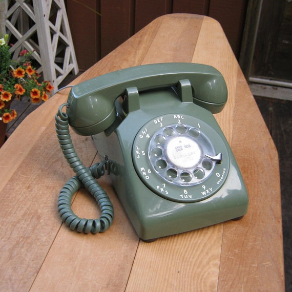 Hello Retro - Rotary Telephone by Western Electric