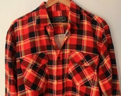 Vintage 70's Red and Black Men's Wool Flannel Shirt - LARGE