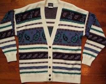 women's vintage pattern cardigan.