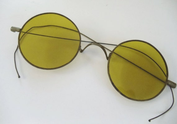 Antique Yellow Lens Eyeglasses - Unusual -  Riding Temple - Round Lens - Wire Frames