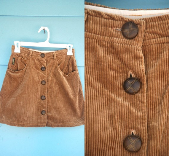 1980s. high waist brown corduroy mini skirt. xs