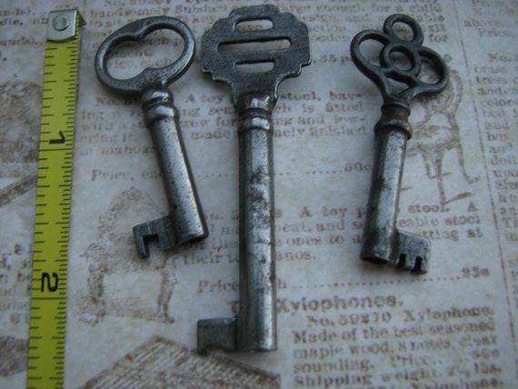 Set of 3 Vintage Keys - Ornate, Nice