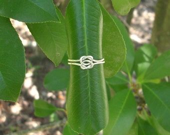Silver Knot Ring/ Lover's knot