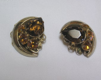 Vintage Crescent Moon Topaz Citrine Tear Drop Faceted Rhinestone Clip Earrings
