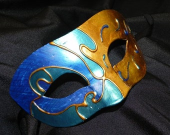 Maestro Mask in Blue, Teal and Gold