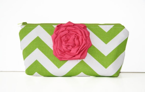 chevron clutch purse in green and white with detachable fabric flower in berry sorbet / summer fashion / bridesmaid