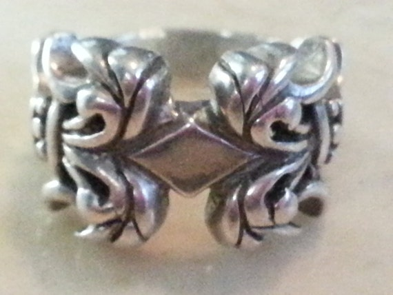 Vintage Hammered Sterling Silver Ring 1990's Ladies Ornate Accessory