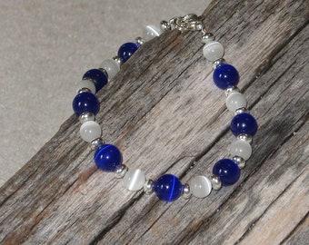 Blue and White Cats Eye Bracelet