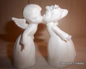 Napcoware Kissing Boy and Girl Vintage Bisque
