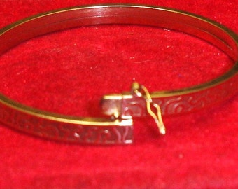 Antique Victorian .333 8K Yellow Gold Aesthetic Bangle Bracelet
