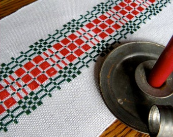 Handwoven Christmas Table Runner, Red and Green Runner, Dresser Scarf, Christmas Decor, Swedish Christmas, Hand Woven Table Runner, Handmade