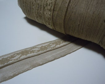 SPECIALTY Seam Binding, beige lace - 4 yards
