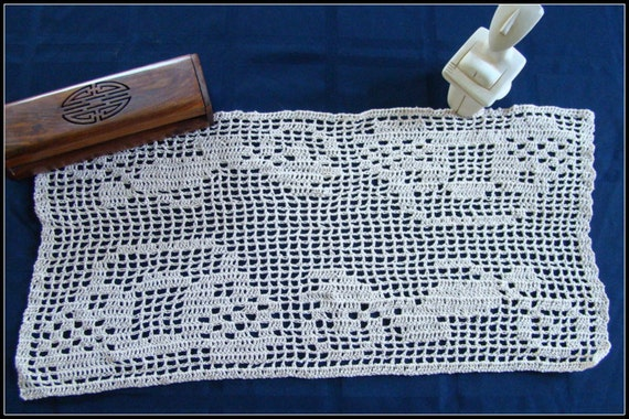 Filet crocheted dresser scarf for Fathers Day with antique auto and motorcycle